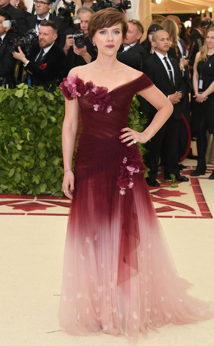 2018 Met Gala Red Carpet Fashion Scarlett Johansson, 2018 Met Gala, Red Carpet Fashions