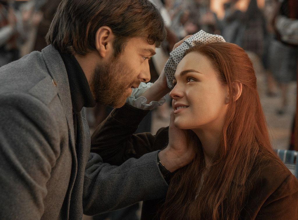 Outlander Season 4, Richard Rankin, Sophie Skelton