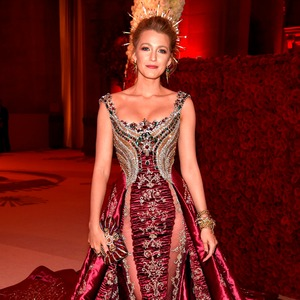 Blake Lively, Met Gala, 2018, Clutch