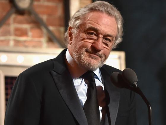 """Robert De Niro censuré pour avoir dit """"J'emmerde Trump"""" aux Tony Awards"""