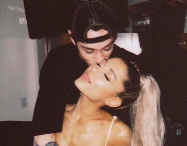 Pete Davidson Gives Ariana Grande His Pendant Of Late Dad