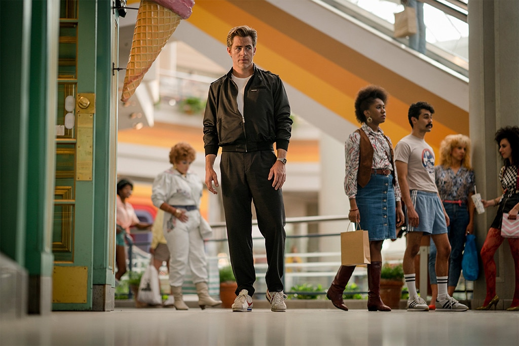 Steve Trevor is somehow back in first look at Wonder Woman 1984