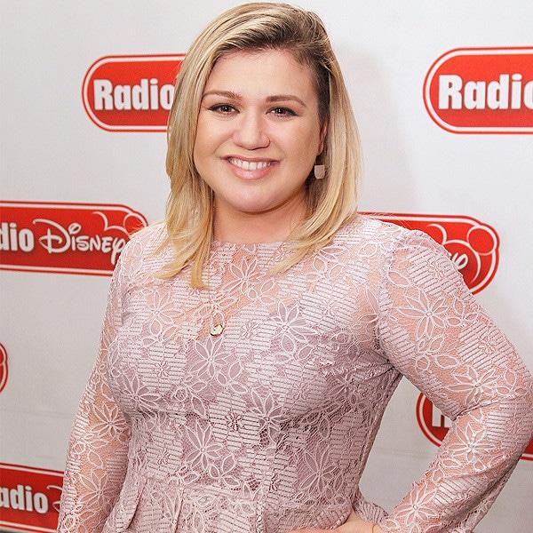 Kelly Clarkson, Radio Disney, 2015