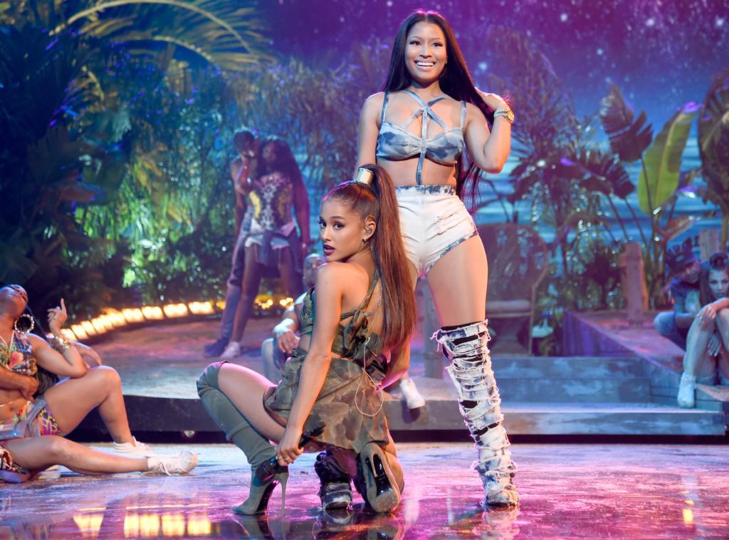 Ariana Grande, Nicki Minaj, AMAs, 2016 American Music Awards