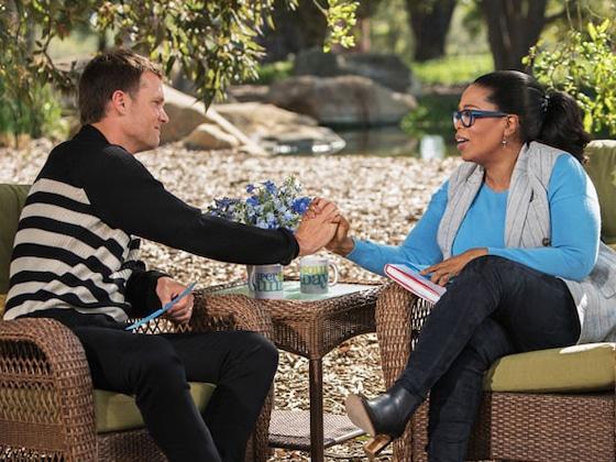 "Tom Brady Recalls Meeting Gisele Bündchen Under ""Pretty Trying Circumstances"""