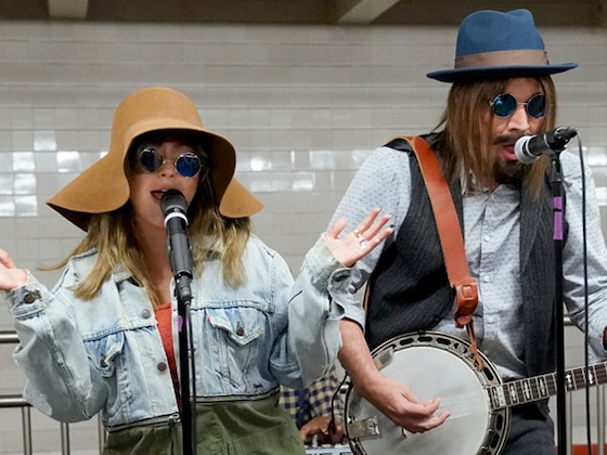 Christina Aguilera and Jimmy Fallon Busk in the Subway in Disguise