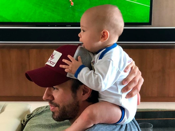 Enrique Iglesias and Anna Kournikova's Twins Support Different World Cup Teams