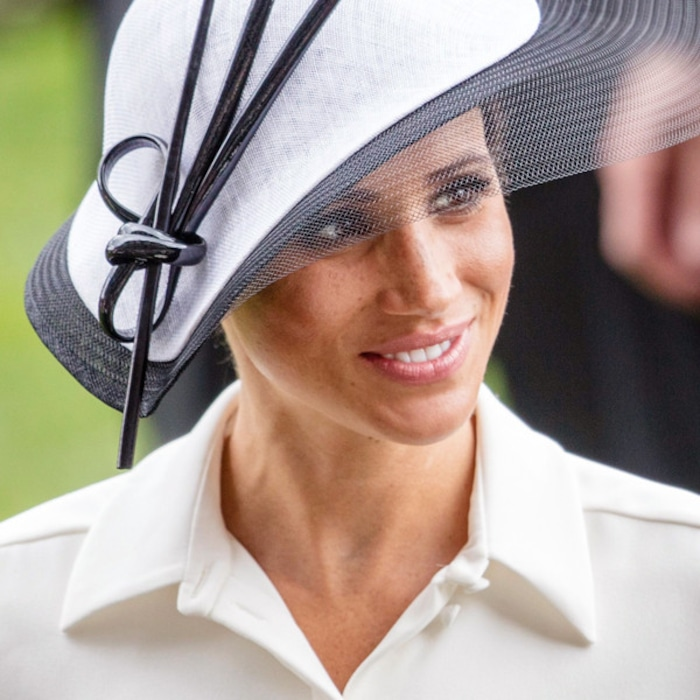 f485aa5fd8e The Truth About the Complicated Relationship Between Meghan Markle and Her  Father Thomas