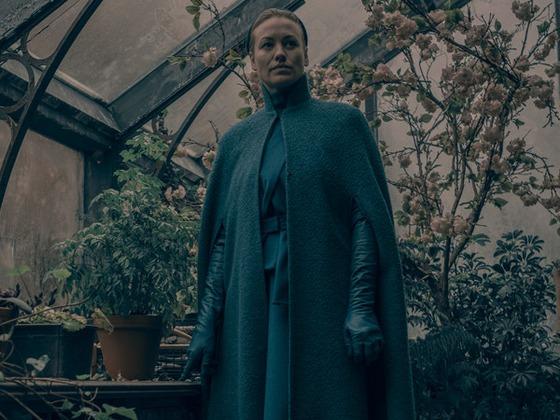 From Horrific to Human, <i>The Handmaid's Tale</i>'s Yvonne Strahovski on Serena Joy's Big Year