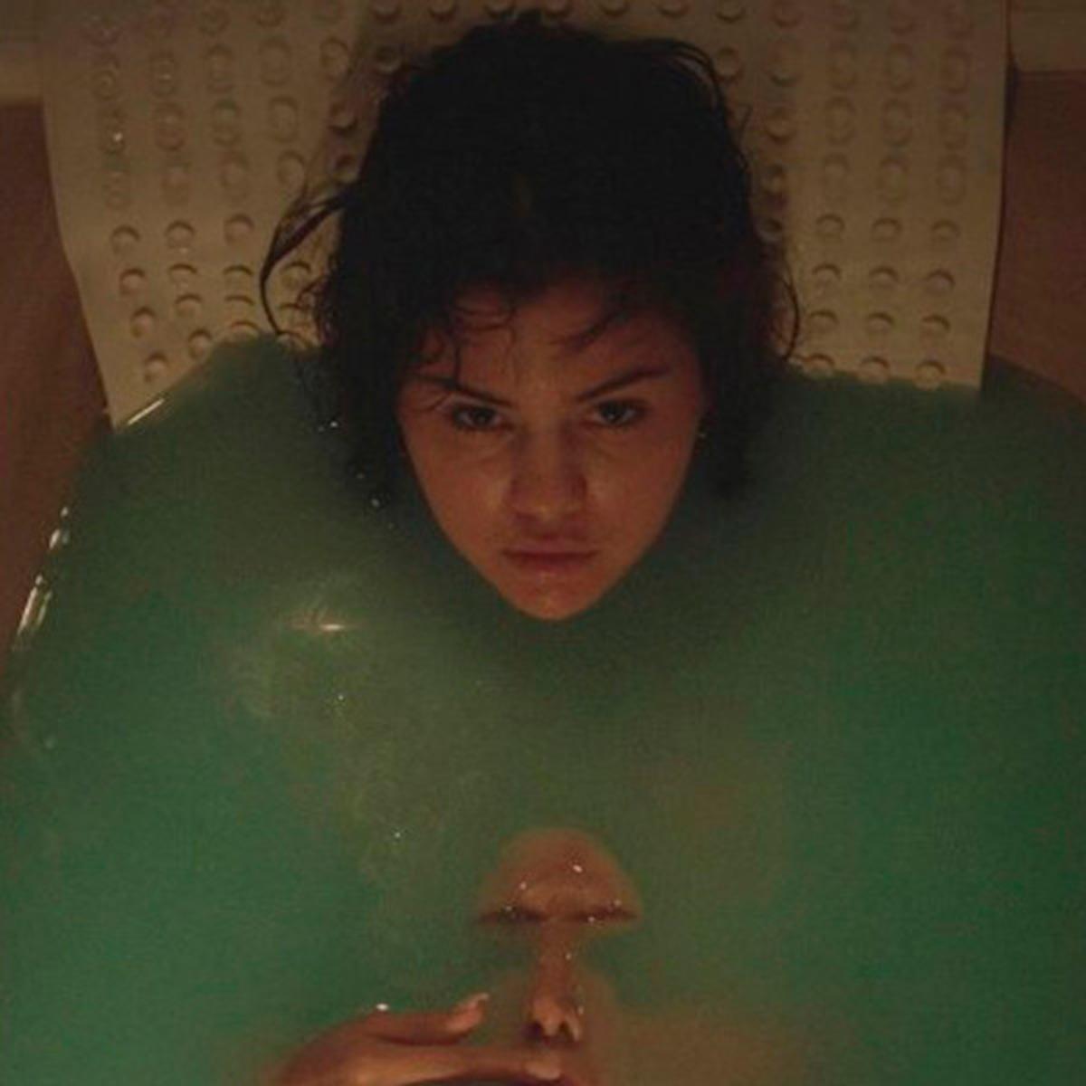 Gomez bath selena Watch Selena