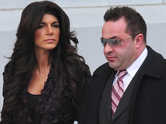 "Teresa Giudice Asks People to ""Pray"" Joe Giudice Can See Daughter Gia Giudice Graduate"