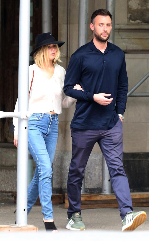 Jennifer Lawrence Holds Boyfriend Cooke Maroney Close in ...