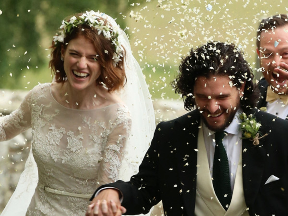<i>Game of Thrones</i>' Kit Harington and Rose Leslie Are Married