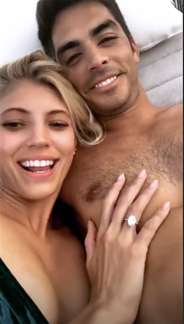 Devon Windsor, Johnny Dex, Instagram, Engagement, Proposal