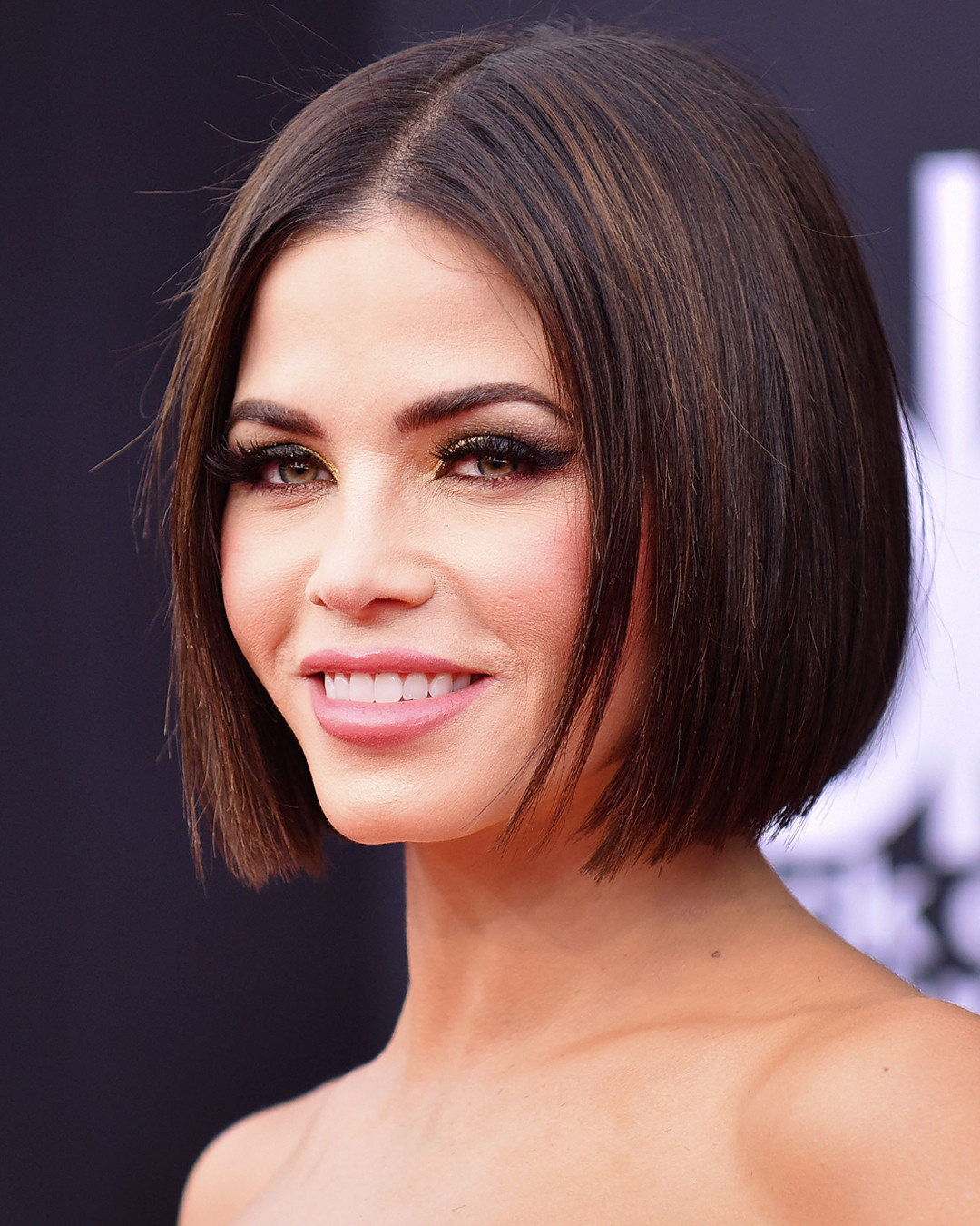 The Unexpected Drugstore Beauty Hack Jenna Dewan Uses for Her Brows