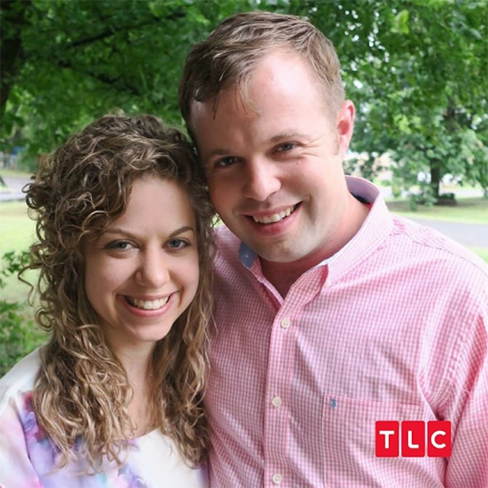 are any duggars courting