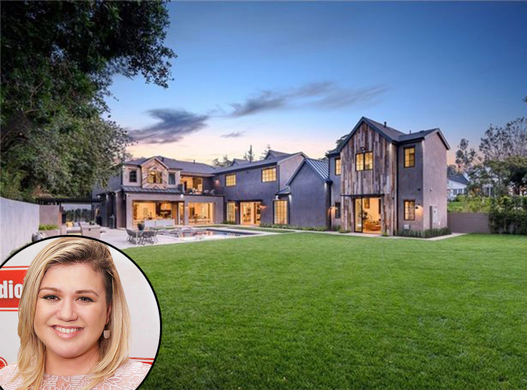Kelly Clarkson, Encino Home