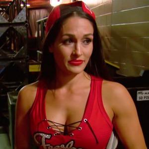 Brie Bella, Nikki Bella, Total Bellas 304