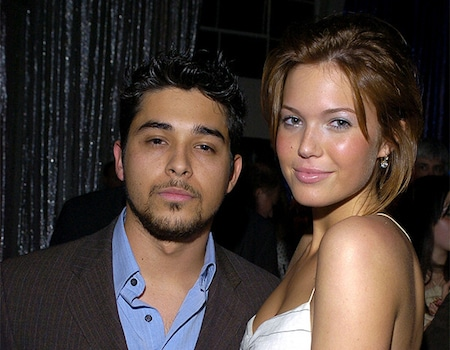 Mandy Moore Revisits Her Famous Romances—and Wilmer Valderrama's Lie About Taking Her Virginity thumbnail