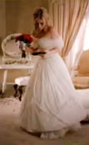 ESC: Music Video Weddings Gowns, Kelly Clarkson