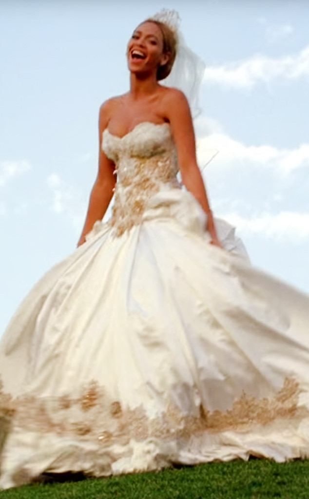 1. Beyonce from Best Wedding Dresses From Music Videos of All Time ...