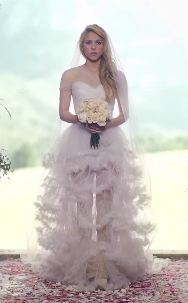 7. Shakira from Best Wedding Dresses From Music Videos of All Time ...