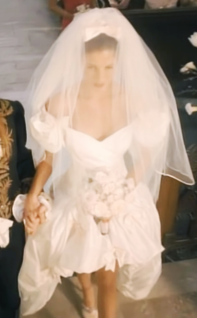 10. Carrie Underwood from Best Wedding Dresses From Music Videos of ...
