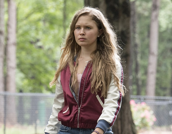 Sharp Objects Star Eliza Scanlen Reveals What Working With ...