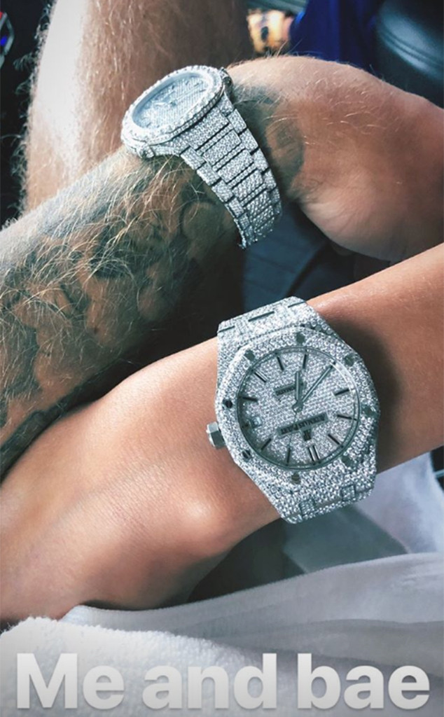 Justin Bieber And Hailey Baldwin Wear His And Hers Diamond