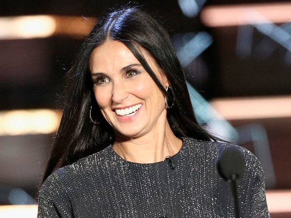 Demi Moore Is a Surprise Guest at Bruce Willis' Comedy Central Roast