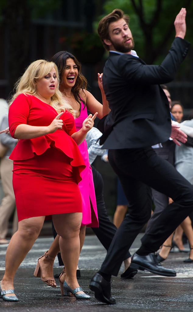 Rebel Wilson, Priyanka Chopra, Liam Hemsworth, Isn't It Romantic Filming