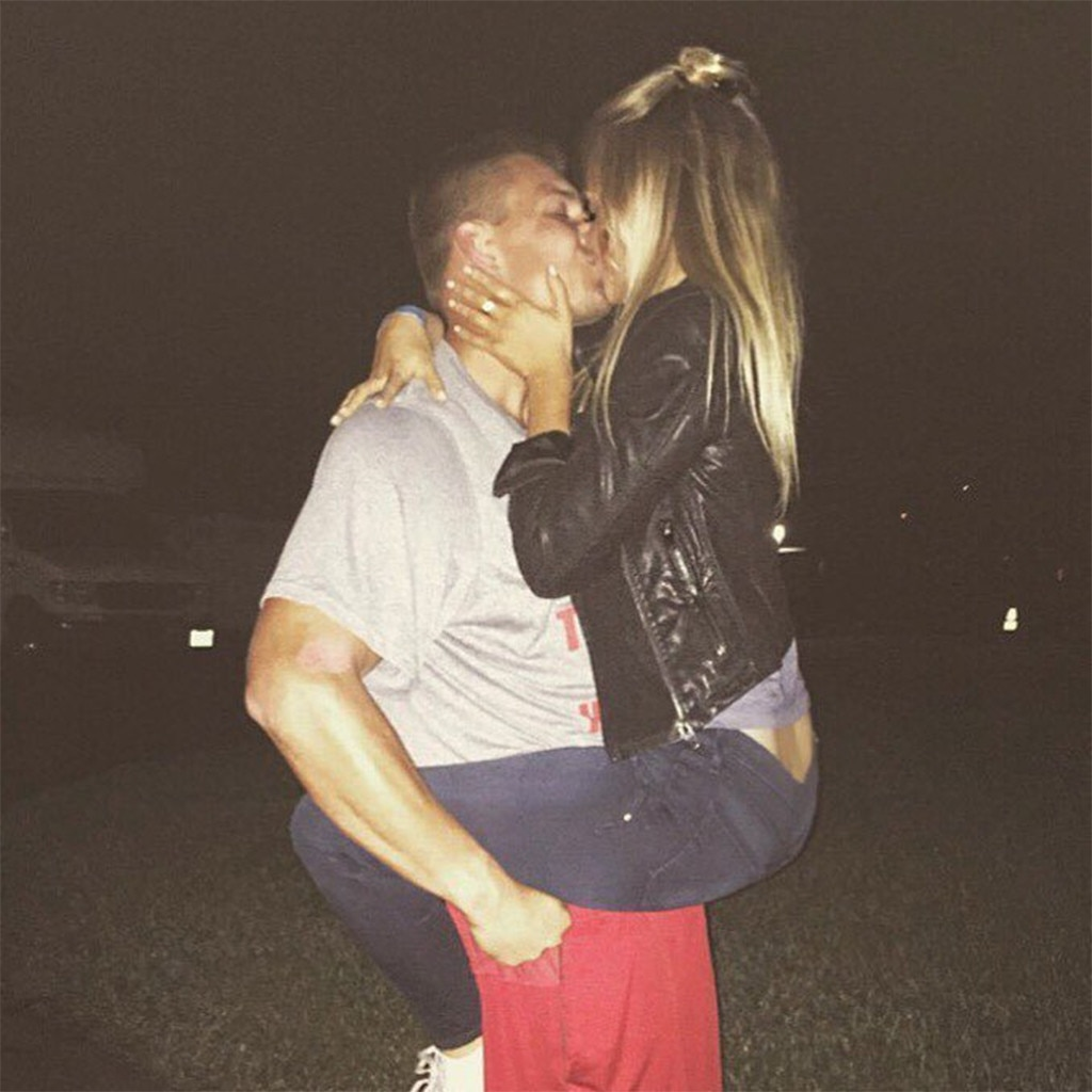 Gronk dating