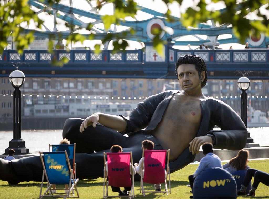 Jeff Goldblum, Statue