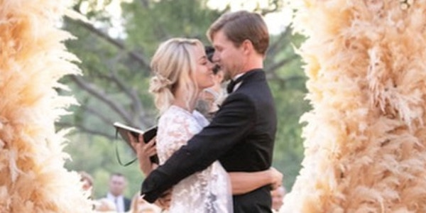 16bbd60b8620 Kaley Cuoco s Wedding Planner Takes You Inside the Star s One-of-a-Kind  Ranch Wedding