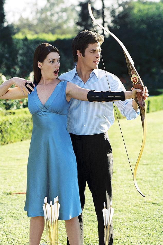 Anne Hathaway, Chris Pine, The Princess Diaries 2