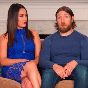 Brie Bella, Daniel Bryan, Total Bellas_310