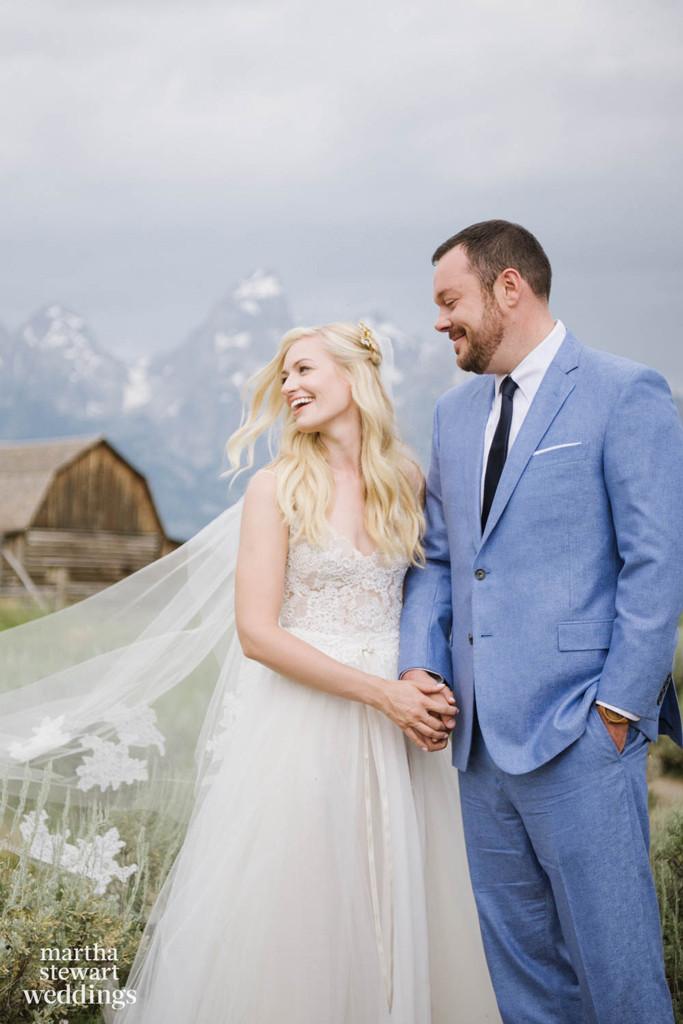 Michael Gladis, Beth Behrs, Wedding