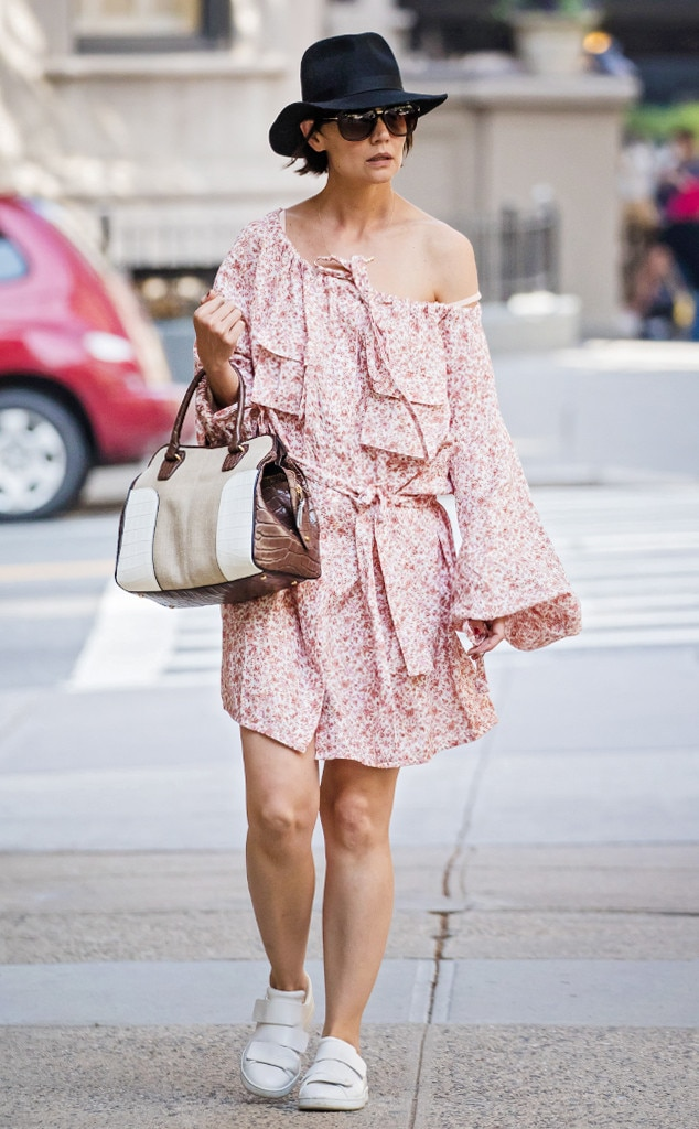 How to Wear Sneakers With Dresses Like