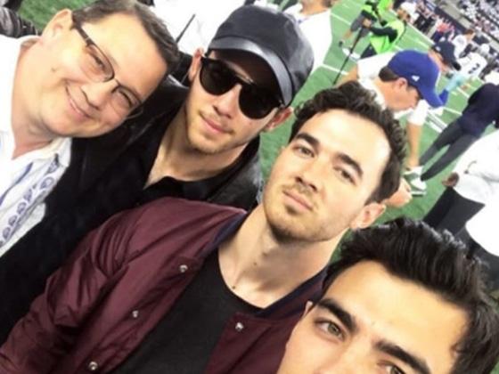 El regreso de los Jonas Brothers se acerca y tenemos las pruebas