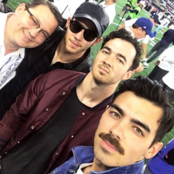 Nick Jonas, Kevin Jonas, Joe Jonas, Jonas Brothers