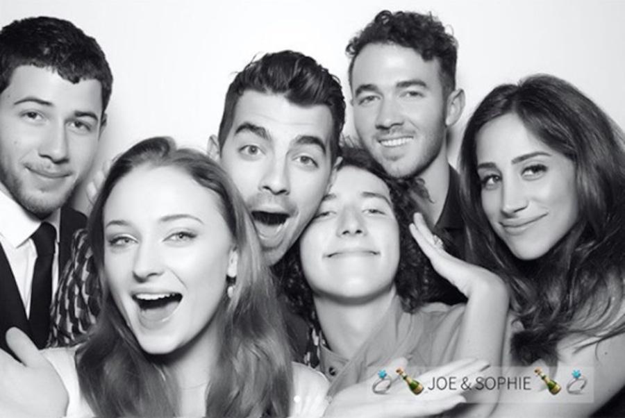 Nick Jonas, Joe Jonas, Kevin Jonas, Danielle Jonas