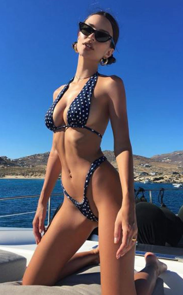 Emily Ratajkowski, Beach, Bikini, Bathing Suit