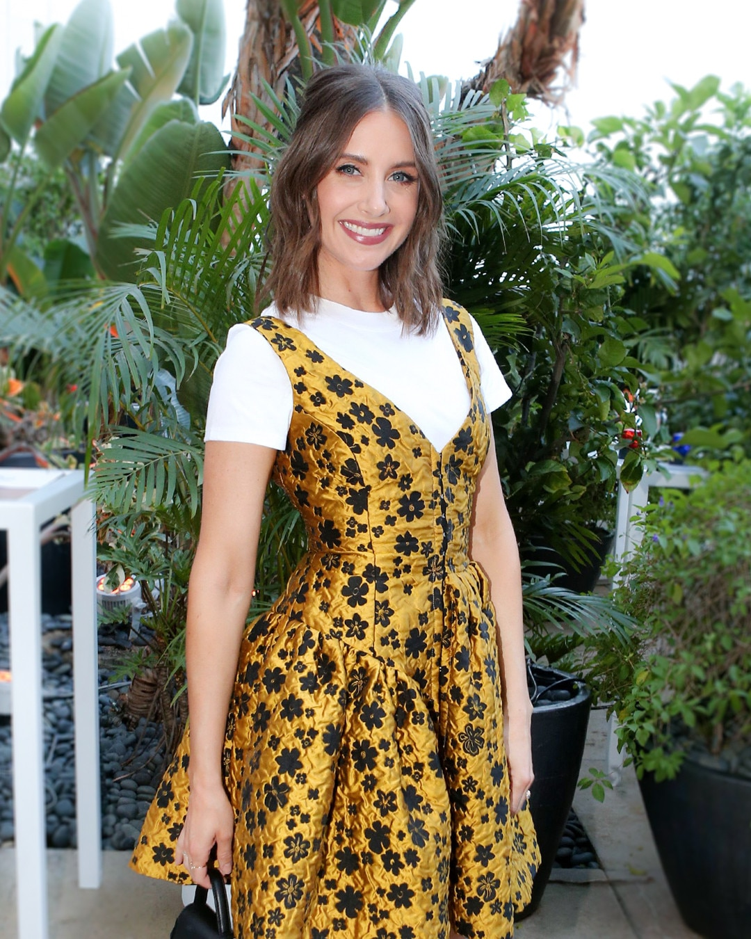 How to Wear Shirts Under Dresses Like Alison Brie | E! News