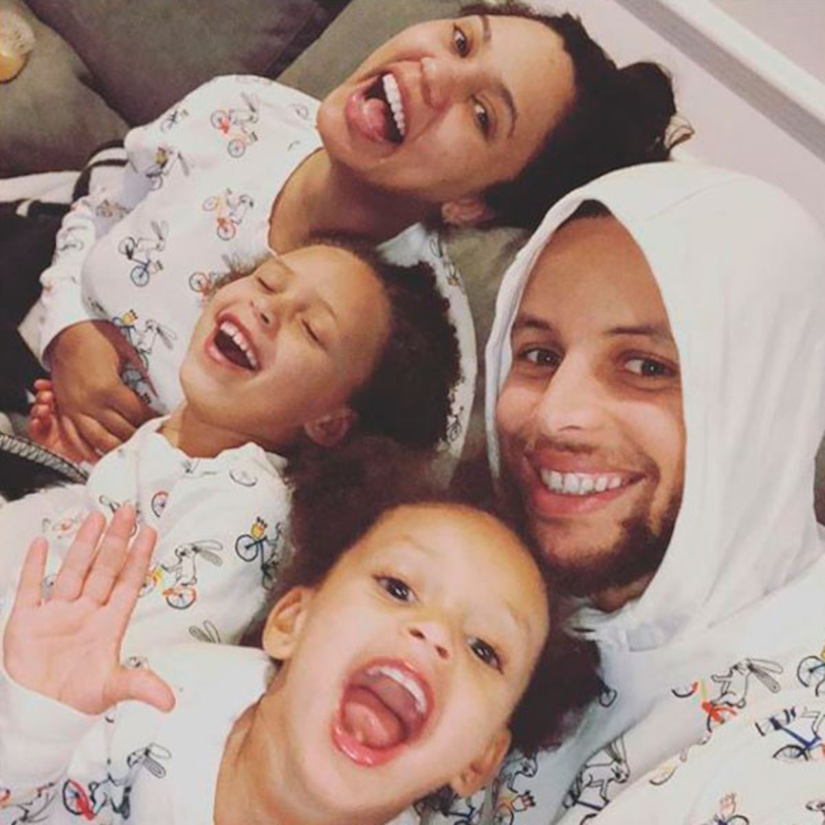 Check Out Steph Curry S Cutest Family Moments E Online