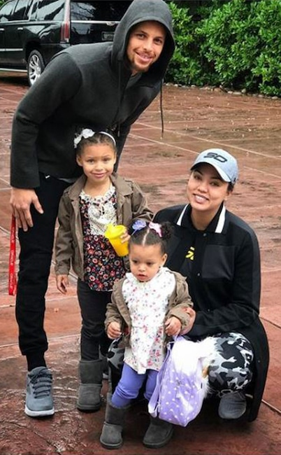 4557ea77bc64 Stephen Curry Is a Father of Three! Check Out His Sweetest Family ...