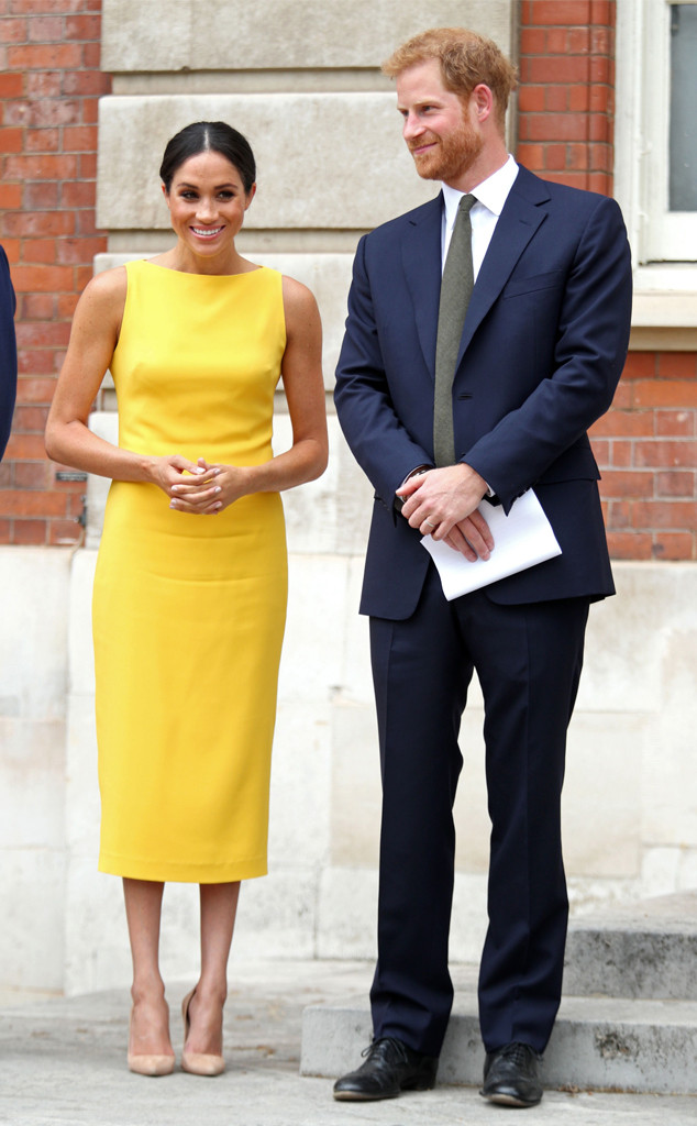4cf2bb2dff7f3 Meghan Markle Epitomizes Summer Chic in Yellow Brandon Maxwell Dress ...