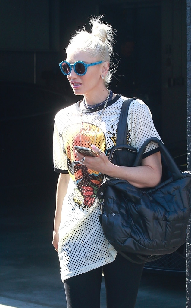 "Gwen Stefani -  The ""Cool"" singerlooks casual as she stops by XIV Karats to go shopping."