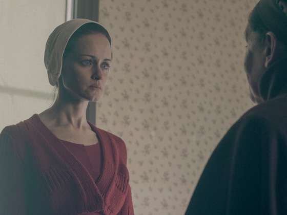 <i>The Handmaid's Tale</i> and the Power of a Look