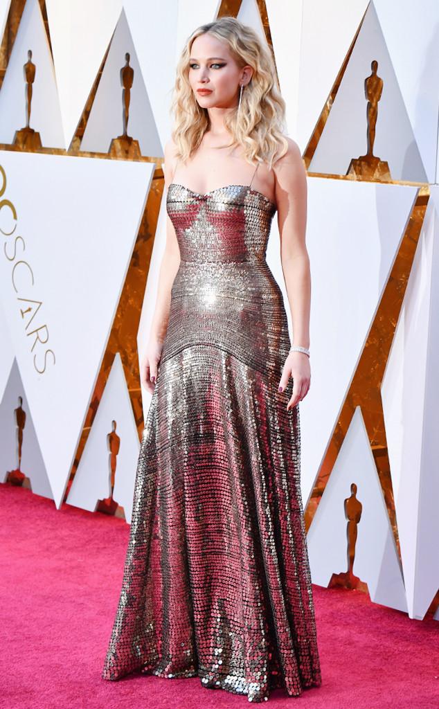 ESC: Jennifer Lawrence, Best Looks