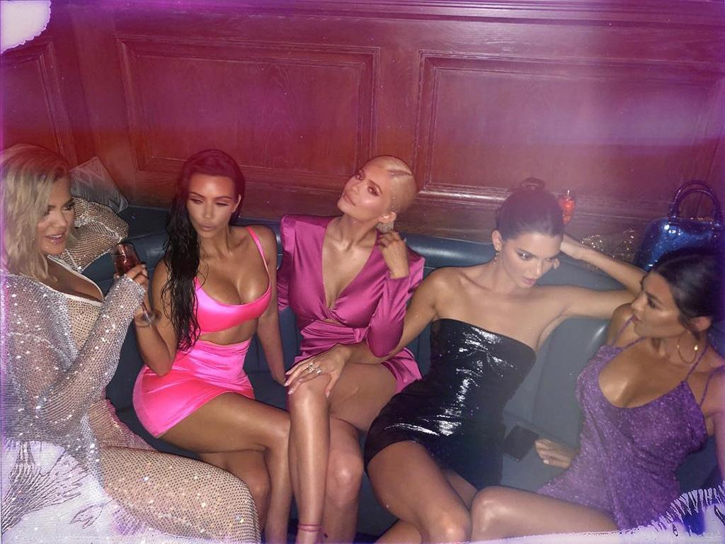 Khloe Kardashian, Kim Kardashian, Kylie Jenner, Kendall Jenner, Kourtney Kardashian